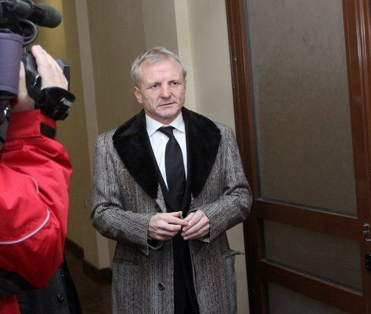 Гриша Ганчев продаде бензиностанциите си за 81 милиона долара