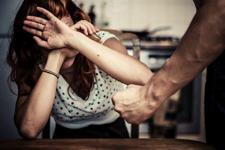Ето как да постъпим при домашно насилие
