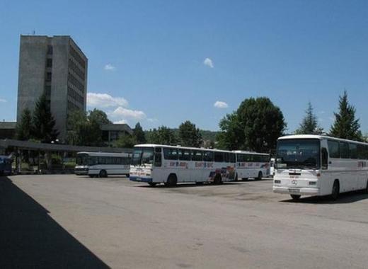 medium avtobusi