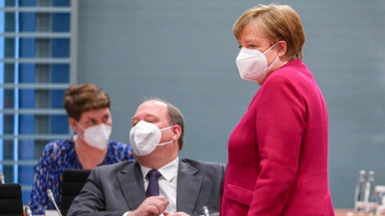 Нов ужас с К-19 пълзи към Германия