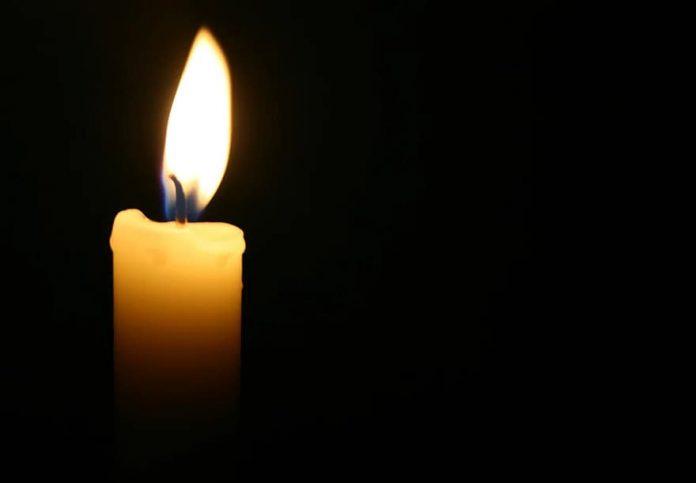 candle light dark candles candlelight flame shining christmas lantern